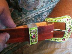 Dog-Collars-GreenCanyonBuckle.jpg